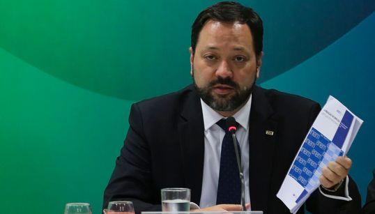 Enem 2018 errou ao colocar questão sobre homossexualidade, diz presidente do