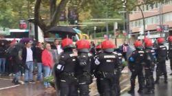La Ertzaintza carga en Bilbao contra unas 200 personas que protestaban contra un mitin de