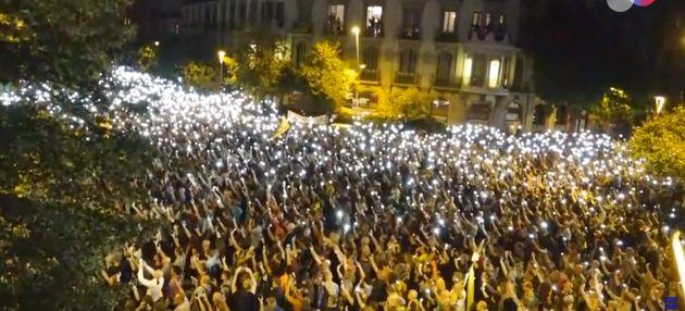 Manifestación frente a la Delegación del Gobierno en