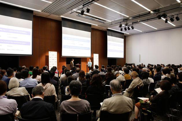 対談の様子 朝日地球会議2019(10月14日)