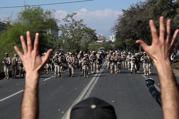 Dieci vittime in Cile durante le proteste. Pinera: