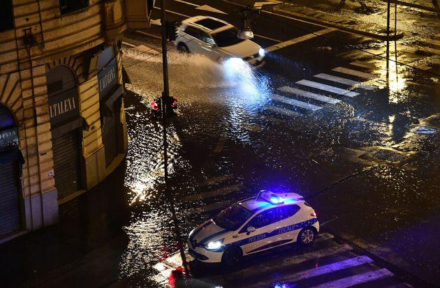 Il maltempo si abbatte sul nord Italia. Allagamenti a Milano e