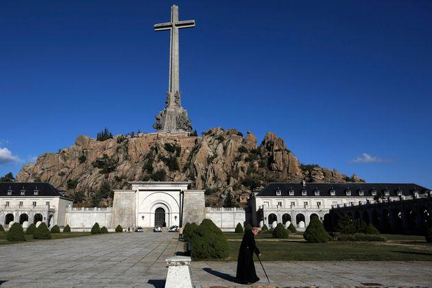 Espagne: les restes de l'ancien dictateur Franco finalement exhumés le 24