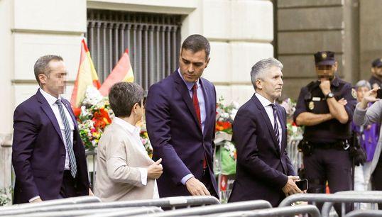 """La visita de Sánchez a Barcelona: llamada a la """"moderación"""" y dice que la crisis no ha"""