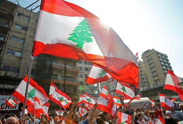 Riforme estreme per una crisi estrema. Il governo libanese prova a salvarsi dalla rabbia delle