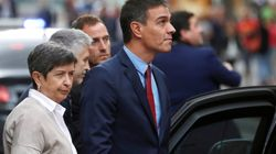 Pedro Sánchez, abucheado a su salida del Hospital Sant Pau de