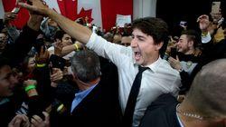 Au Canada, les libéraux de Trudeau en tête, selon les premières