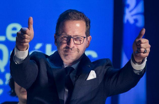 Élections: le Bloc québécois revient de loin et triple son nombre de