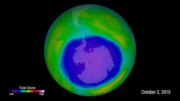 Η τρύπα του όζοντος συρρικνώθηκε το 2019 περισσότερο από κάθε άλλη