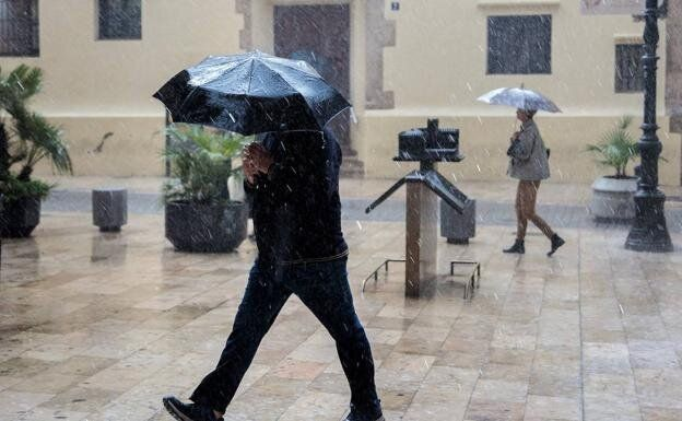 Imagen de archivo de lluvia en