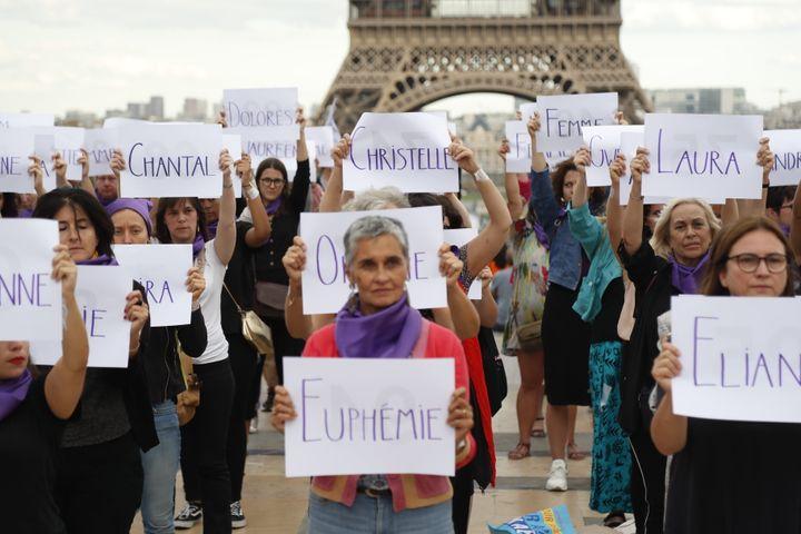 Manifestation contre les féminicides