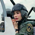 Ο βασιλιάς της Ταϊλάνδης αφαίρεσε από τη βασιλική ερωμένη τους τίτλους της λόγω