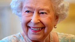 La Regina Elisabetta ha 94 anni. Gli esperti spiegano come fa a sembrare sempre la