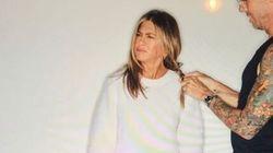 Jennifer Aniston mostra cosa si cela dietro le foto social perfette. E l'amiamo per