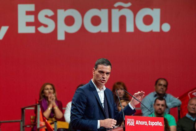 El secretario general del PSOE y presidente del Gobierno en funciones, Pedro