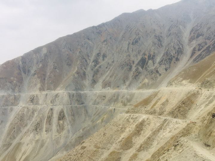When the Zo Jila pass is blocked by snow and eventually closed for six months starting in December, locals have no choice but to drive almost 8-10 hours to Leh for treatment.
