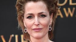 Gillian Anderson métamorphosée en Margaret Thatcher dans