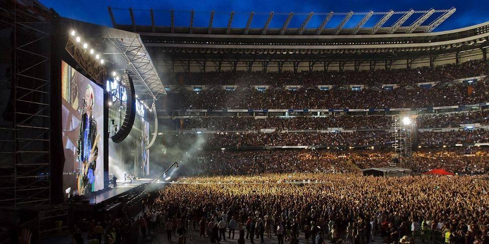 Los Rolling Stones, ante decenas de miles de personas en el estadio Santiago