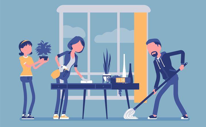 L'inégalité face aux tâches ménagères entraîne des disputes au sein des couples.