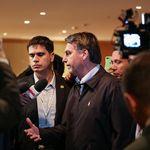 Bolsonaro desiste de Eduardo embaixador e defende que o filho pacifique o