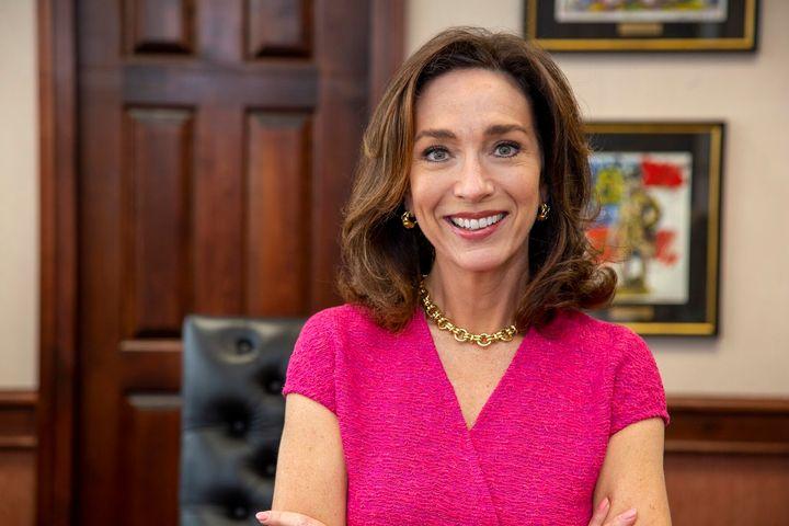 Teresa Tomlinson brings deep Georgia roots to her bid for a Senate seat.