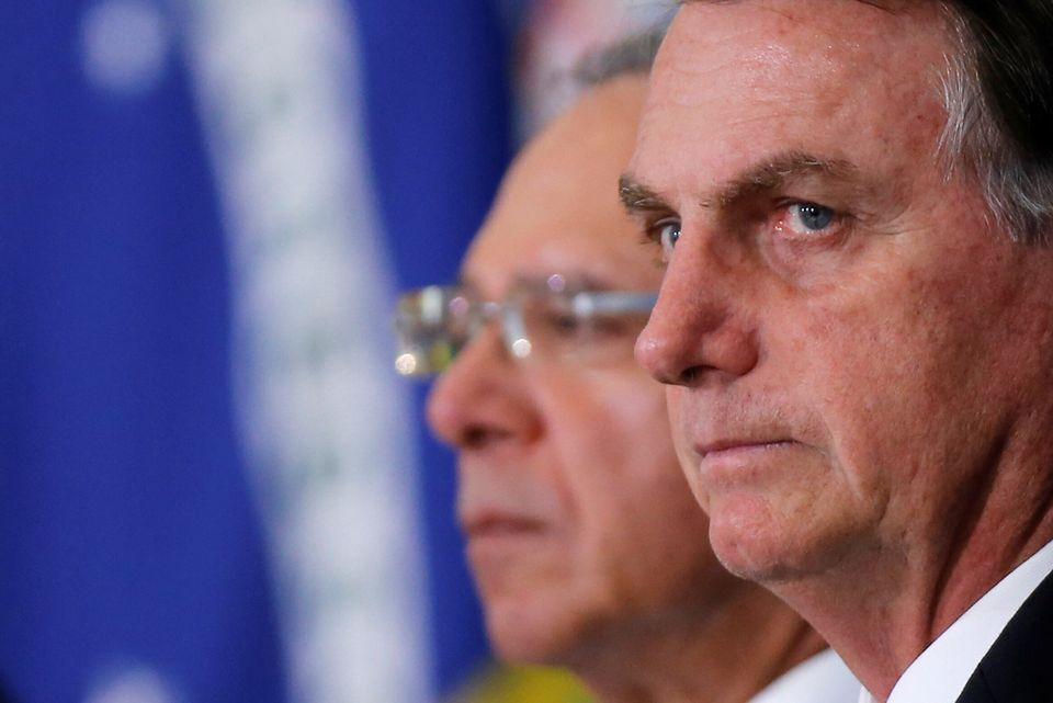 Recentemente, Bolsonaro vetou projeto de lei que obrigava hospitais a denunciar indícios de violência...