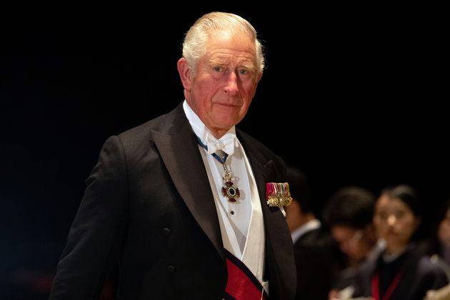 「饗宴の儀」に参列する英国のチャールズ皇太子