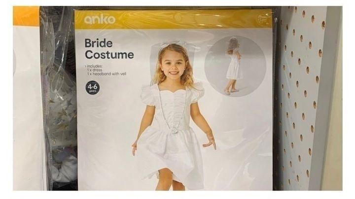 Kmart has yanked a child bride costume due to complaints.