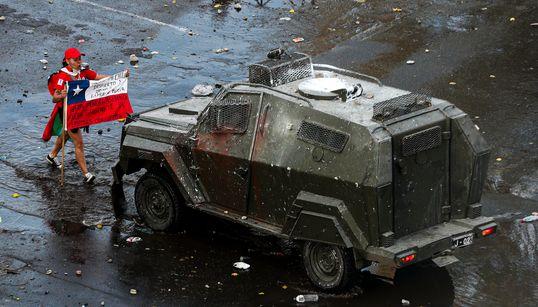 Πακέτο «κοινωνικών μέτρων» ως αντίδοτο στην οργή των πολιτών στη Χιλή - 15 νεκροί