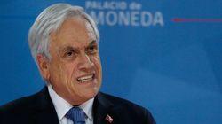 Piñera pide perdón y anuncia reformas, pero mantiene al Ejército en las calles de