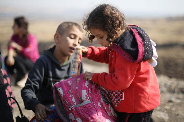 Εκτοπισμένοι Κούρδοι...