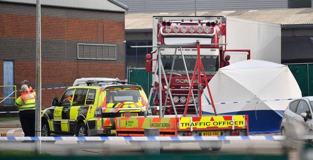 Les corps de 39 personnes ont été retrouvés dans le comté d'Essex,...