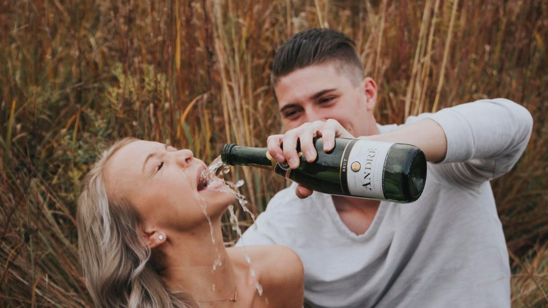Westlake Legal Group 5db06ed7210000ae2534ad51 Couple Strikes Internet Gold With Failed Engagement Photos