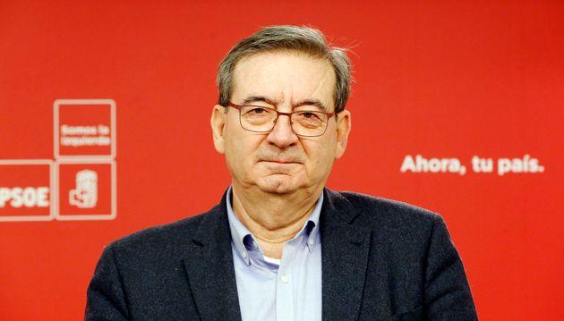 El senador por Almería Fernando
