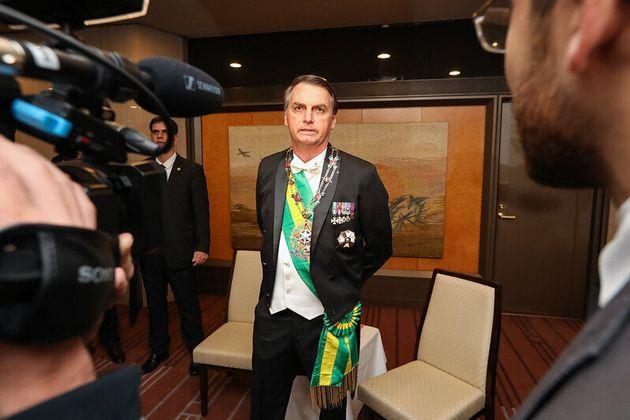 Presidente Jair Bolsonaro conversa com a Imprensa antes da cerimônia de entronização do Imperador do