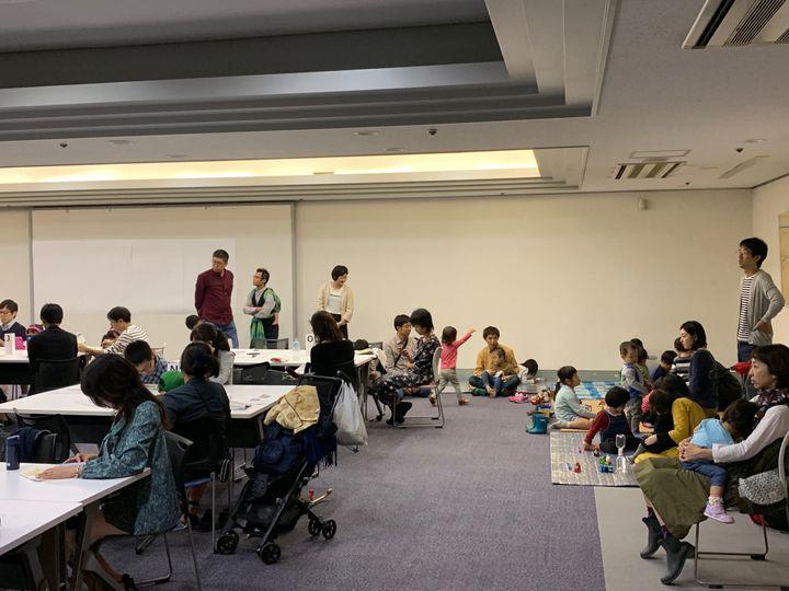 会場後方には、みらこメンバーによってキッズスペースが設けられた。