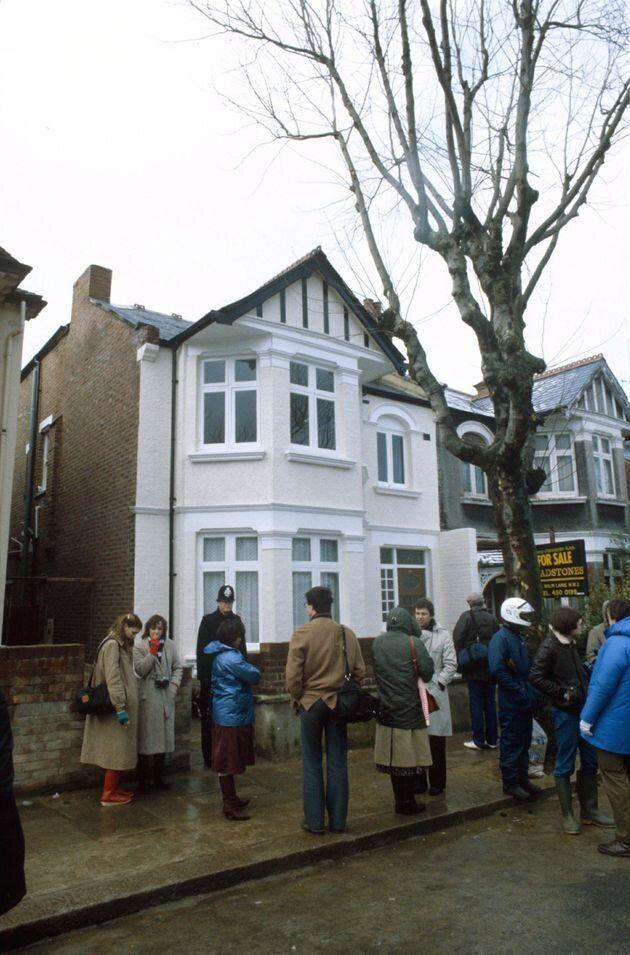 Ντένις Νίλσεν: Ο χειρότερος κατά συρροήν δολοφόνος της Βρετανίας πέθανε στο κελί του υπό άθλιες