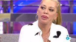 Belén Esteban muestra su enfado contra Pedro Sánchez en pleno 'Sálvame' (Telecinco):