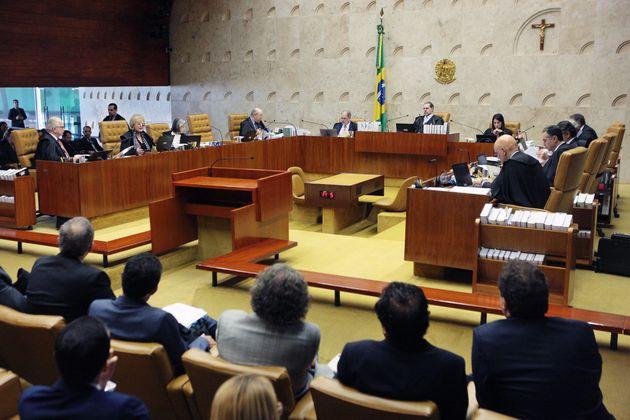 Sessão do STF em 24 de outubro, terceiro dia do julgamento da prisão após segunda