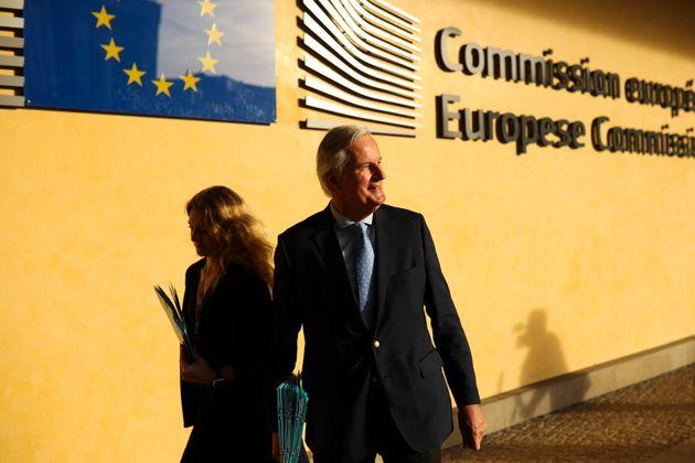 L'Ue si incarta sulla proroga Brexit. E rinvia a sua volta la