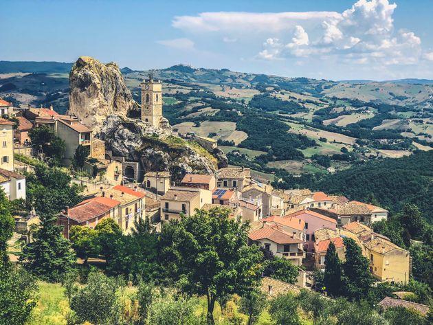 Η συνωμοσία του Μολίζε: Η ιταλική περιοχή που για τους Ιταλούς «δεν