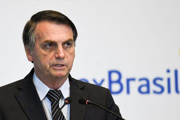 O presidente Jair Bolsonaro reverteu proteções ambientais e dos povos indígenas...