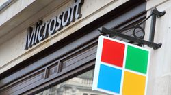 Pentagon Gives Microsoft $10 Billion 'War Cloud' Deal, Snubbing