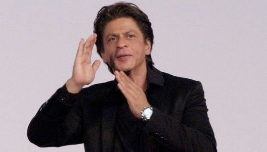 The One Thing Off About Netflix's Special Episode On Shah Rukh