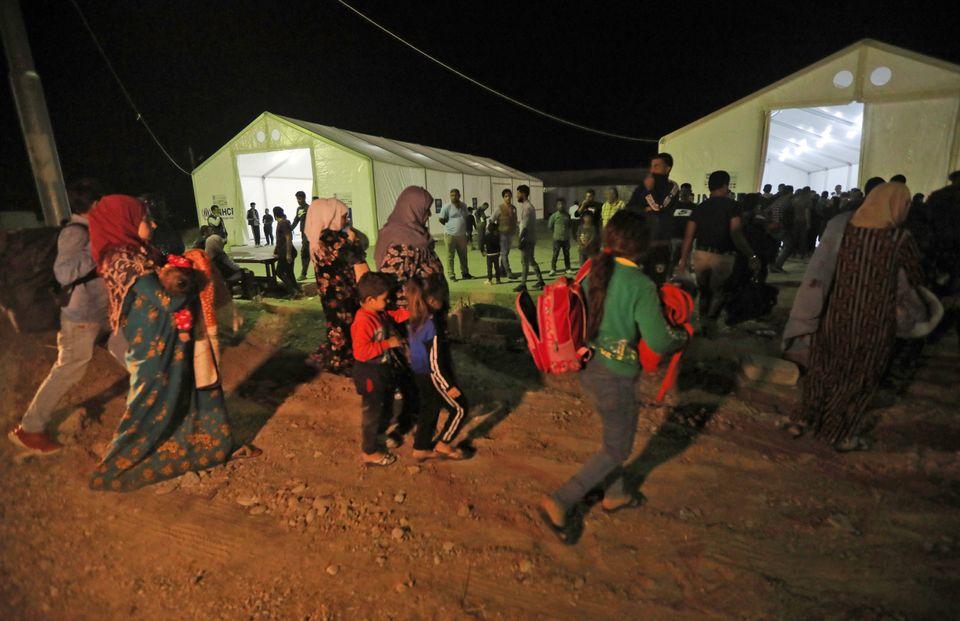 Νίκησαν τον ISIS, έφτιαξαν μια νέα πατρίδα και έγιναν πρόσφυγες για να σωθούν από τους