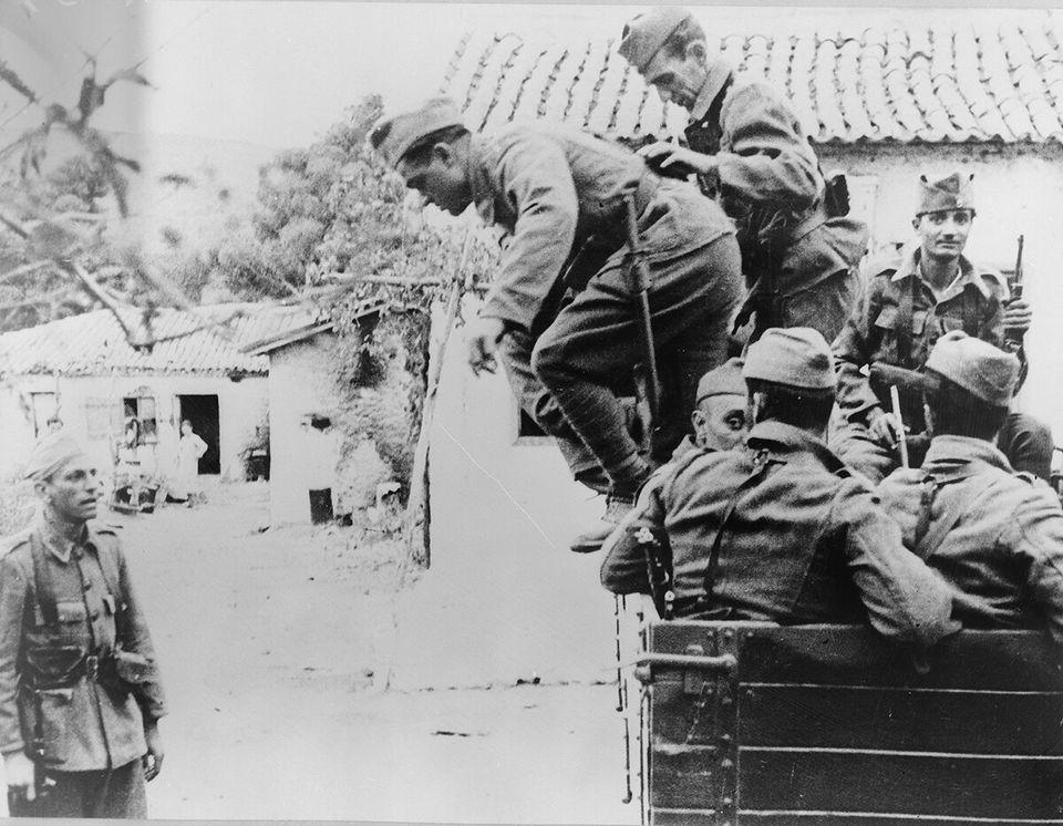 Μεταφορά στρατιωτών στο