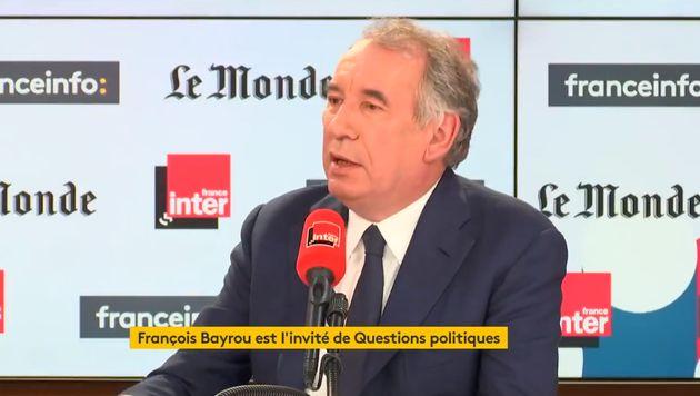Le président du MoDem François Bayrou s'est prononcé ce dimanche 27 octobre en faveur d'un