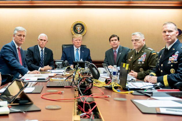 Was Trumps Al-Baghdadi Raid Situation Room Picture Staged?