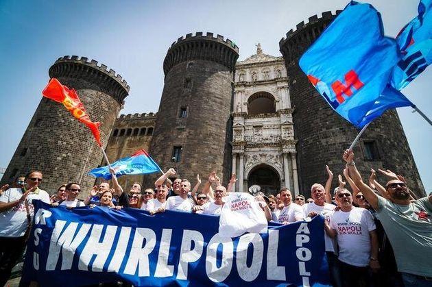 Whirlpool Napoli, cronaca di una morte