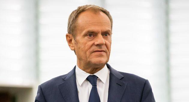 Le président du Conseil européen Donald Tusk a fait savoir ce lundi 28 octobre que les 27 États membres de l'Union européenne s'étaient accordés sur un report du Brexit au 31 janvier prochain.